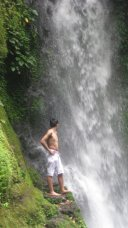 Diving in Malabsay Falls