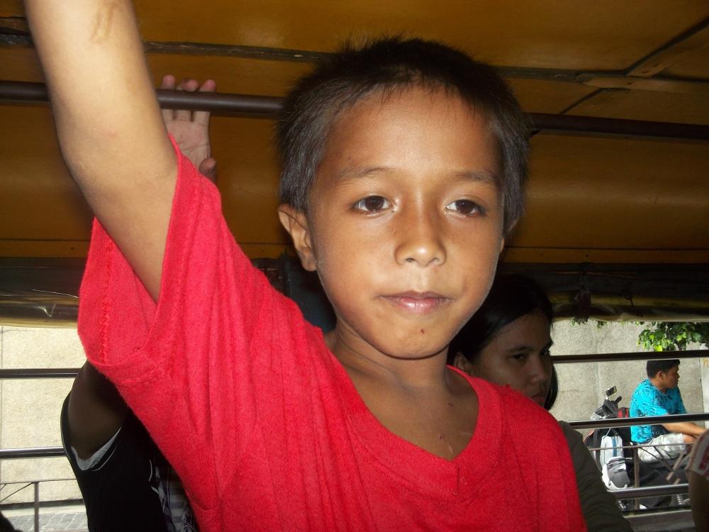Street children in the Philippines (1/2)
